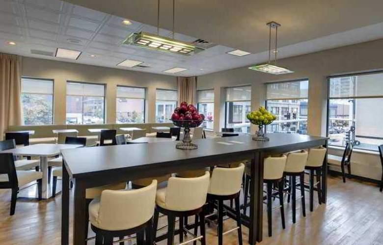 Hampton Inn & Suites Chicago-Downtown - Hotel - 9
