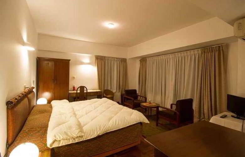 Ambassador - Room - 10