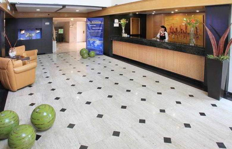 Best Western Plus Monterrey Colon - Hotel - 13