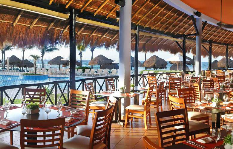 Catalonia Yucatan Beach - Restaurant - 5
