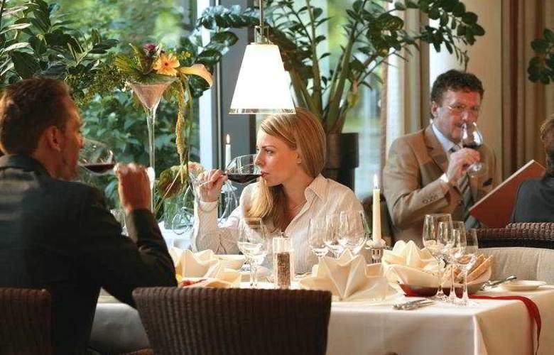 Dorint Pallas Wiesbaden - Restaurant - 4