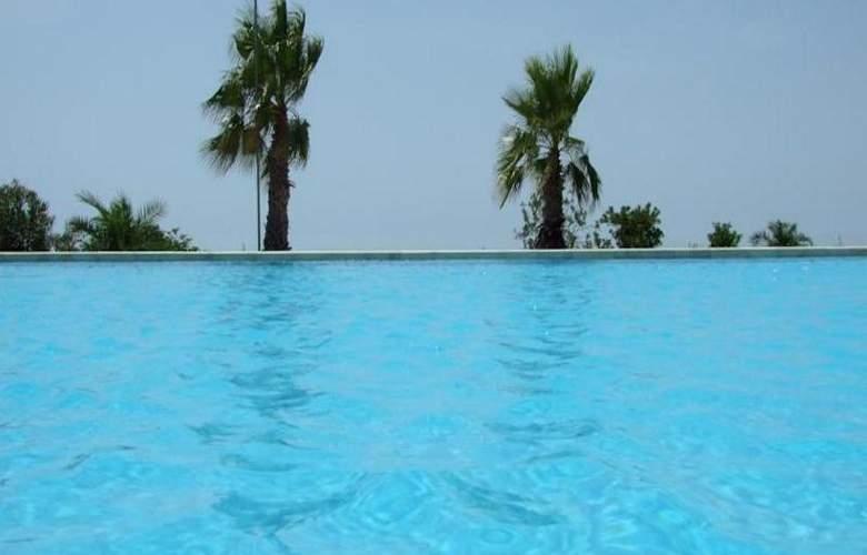 Villa Principe Di Belmonte - Pool - 2