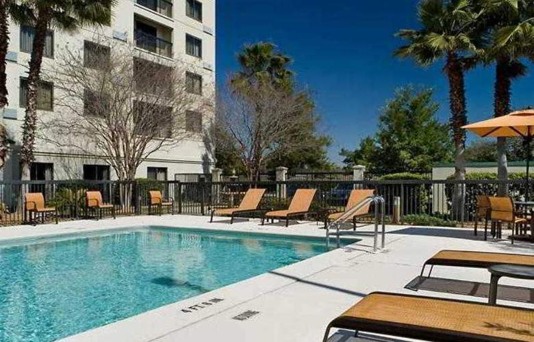 Courtyard Jacksonville Butler Boulevard - Hotel - 21