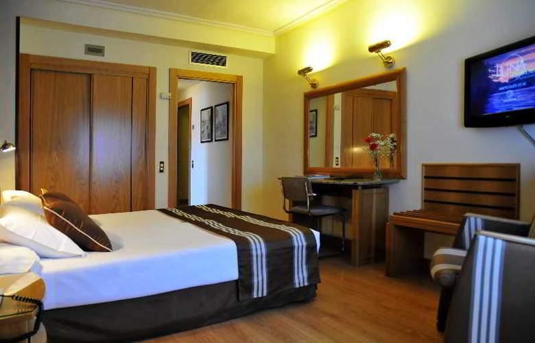 Zenit Dos Infantas - Room - 1