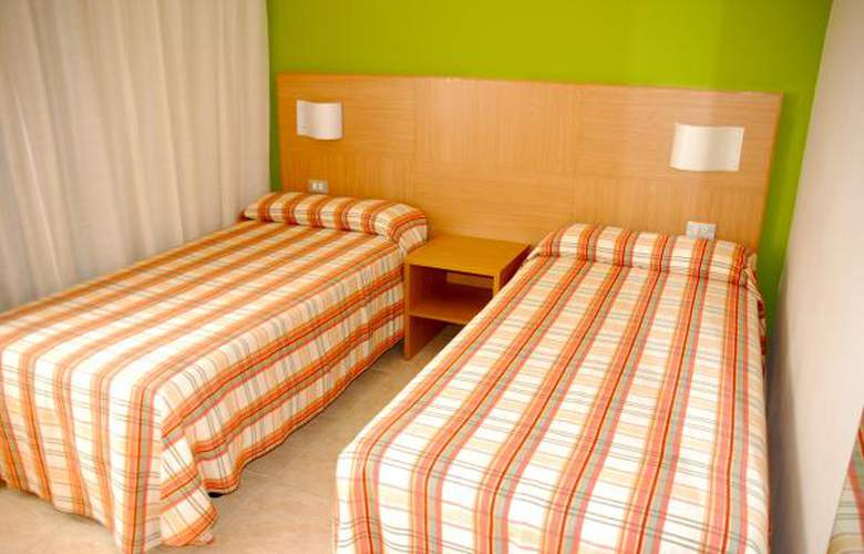 California Apartamentos - Room - 17