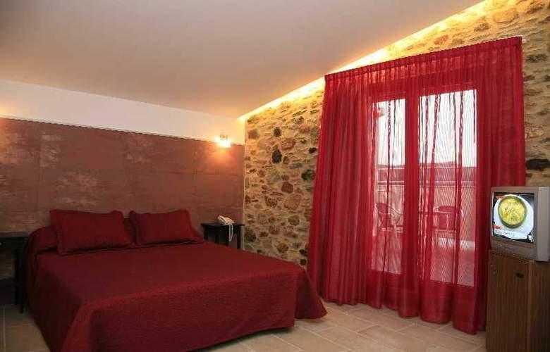 San Carlos - Room - 3