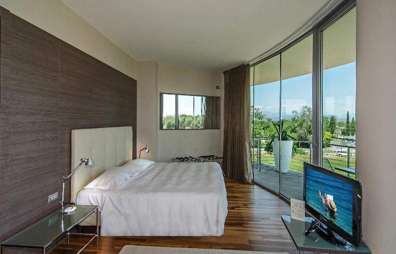 Abitalia Tower Plaza - Room - 21