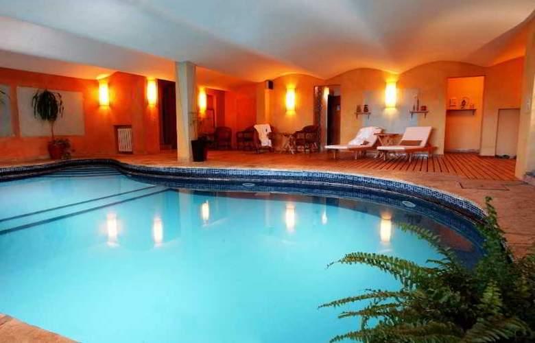 La Cascada Hotel - Pool - 22