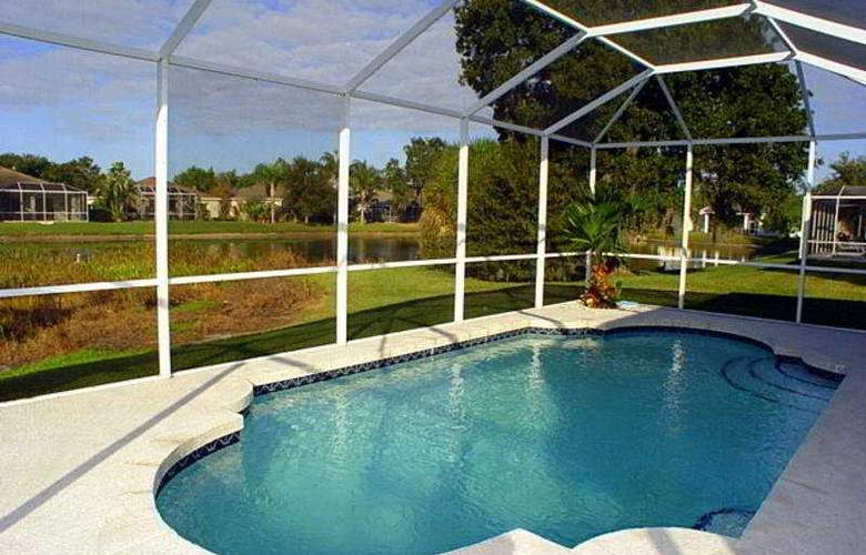 Universal Vacation Homes New Port Richey - Pool - 5