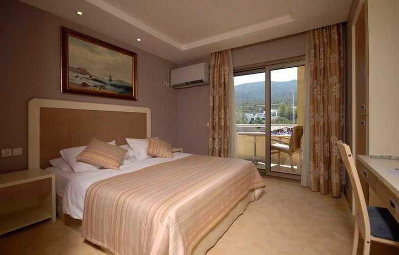 Samara Hotel - Room - 4