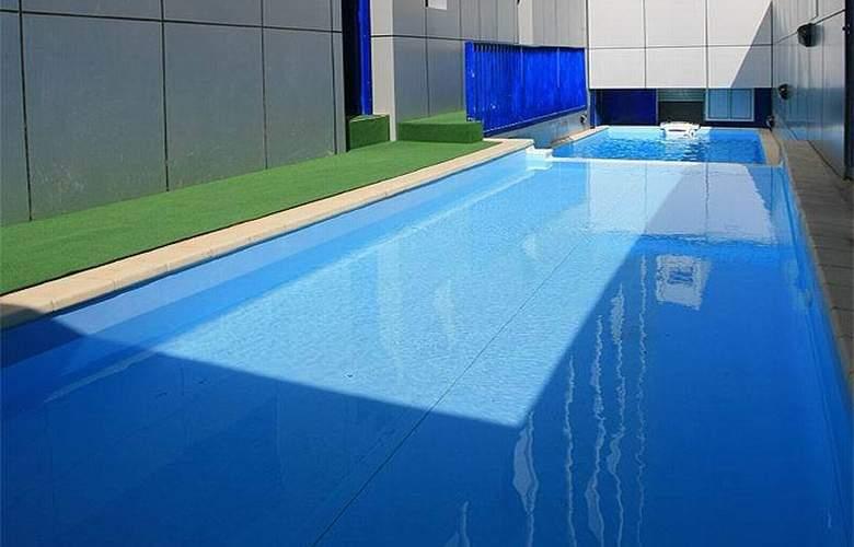 Royal Qatar - Pool - 19