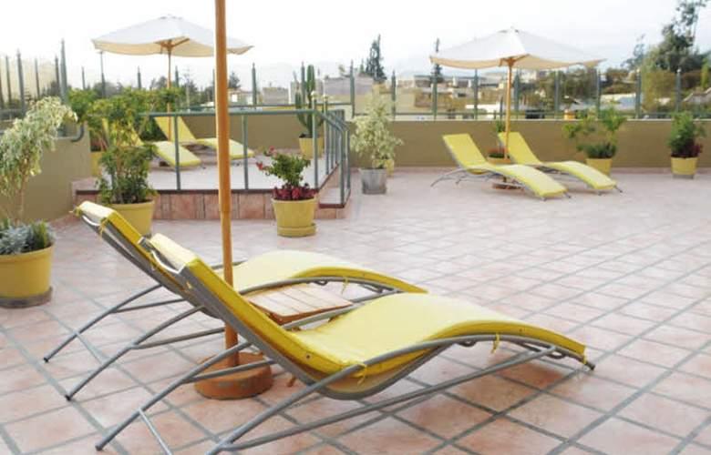El Cabildo - Terrace - 5