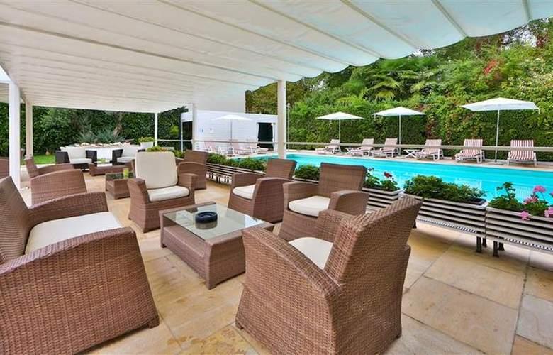Best Western Jet Hotel - Pool - 5