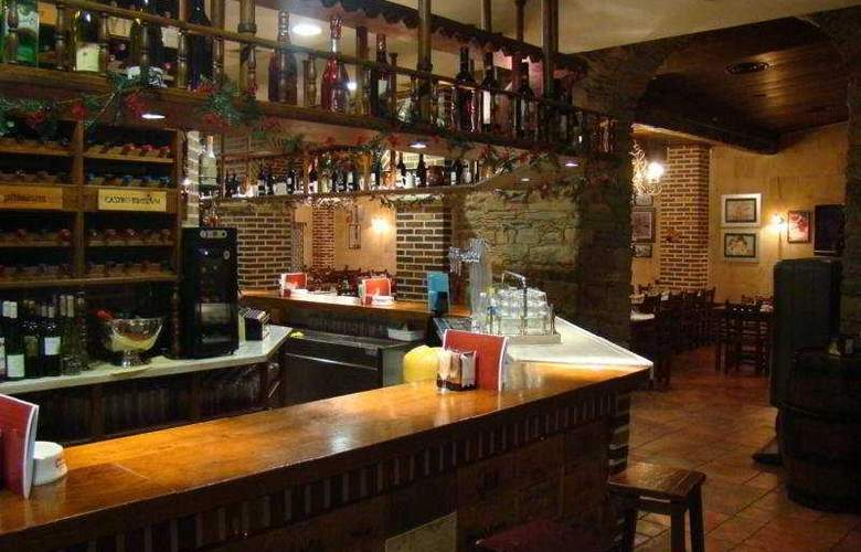 Aroi Bierzo Plaza - Bar - 5