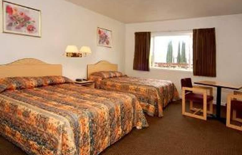 Rodeway Inn Capitol - Room - 4