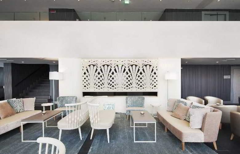 Nh Parma - Hotel - 12