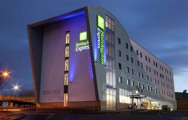 Holiday Inn Express Tamworth - Hotel - 0