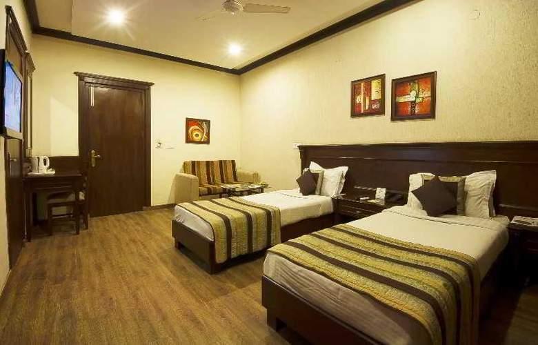 Siris 18 Gurgaon - Room - 11