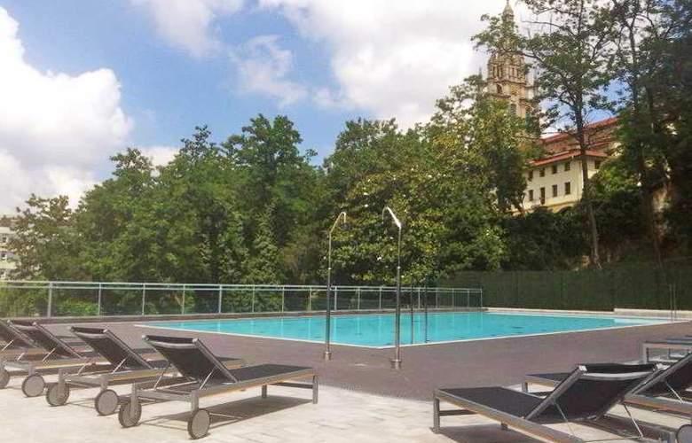 Occidental Bilbao - Pool - 23