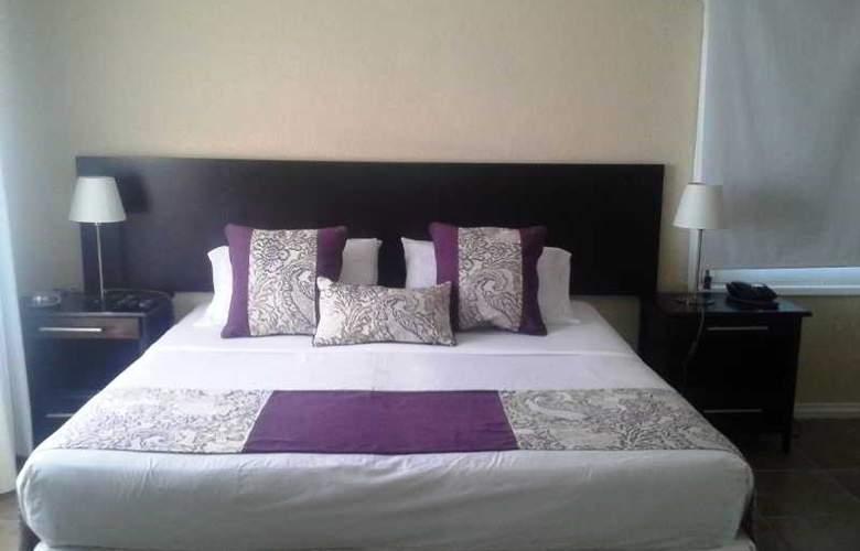 Joan Miro Hotel - Room - 9