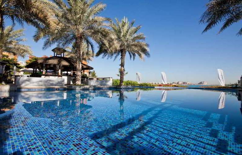 Movenpick Hotel Jumeirah Lakes Towers - Beach - 3