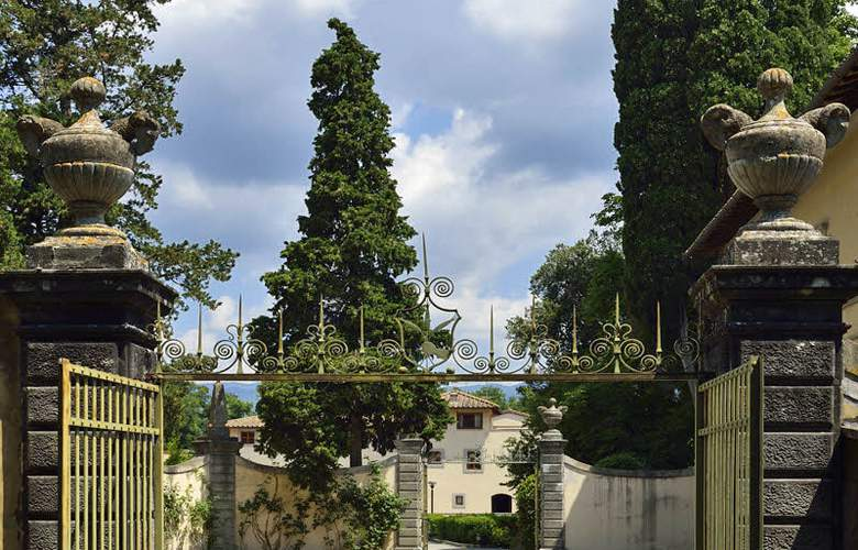 UNA Poggio Dei Medici Resort & Golf - General - 0