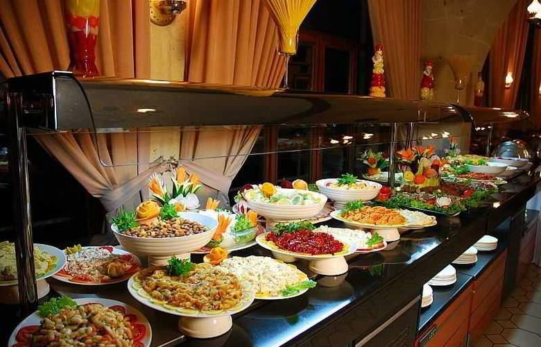 Uchisar Kaya - Restaurant - 35
