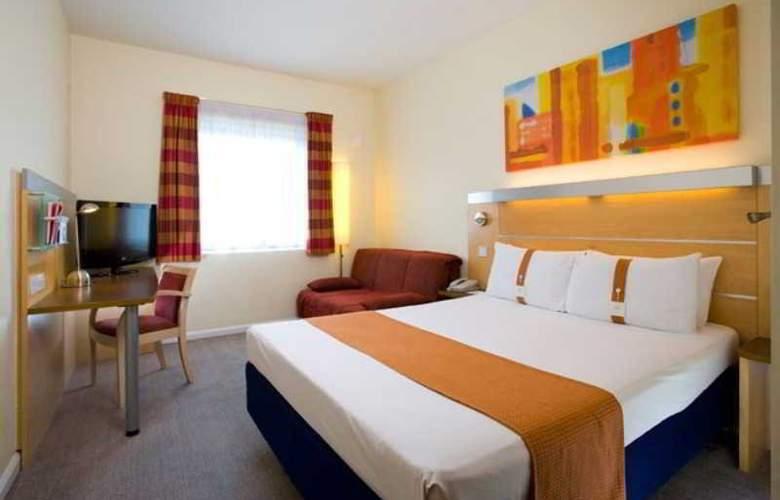 Holiday Inn Express London - Luton Airport - Room - 6