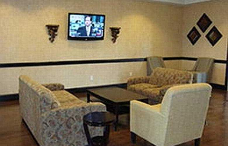 La Quinta Inn & Suites Fort Worth Lake Worth - General - 1