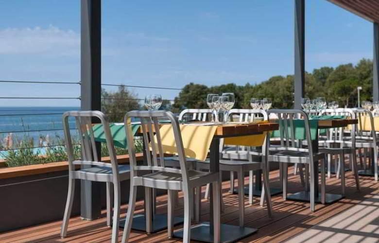 Amarin Resort Apartments - Restaurant - 6