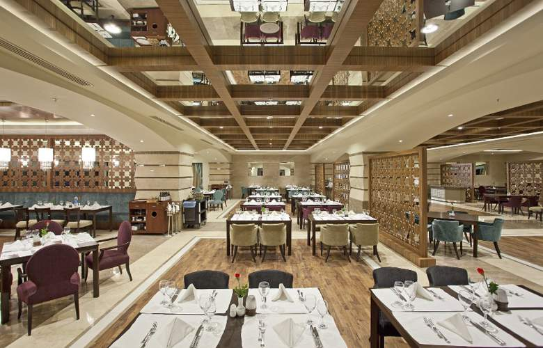Sirene Belek Golf & Wellness - Restaurant - 11
