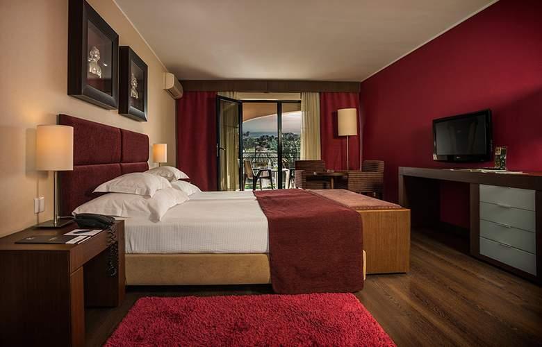 Vila Gale Cascais - Room - 2