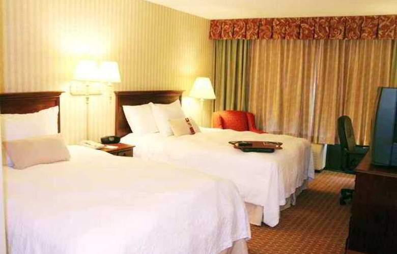 Hampton Inn Manassas - Hotel - 8