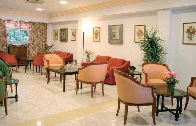 Amoros Hotel - Restaurant - 6