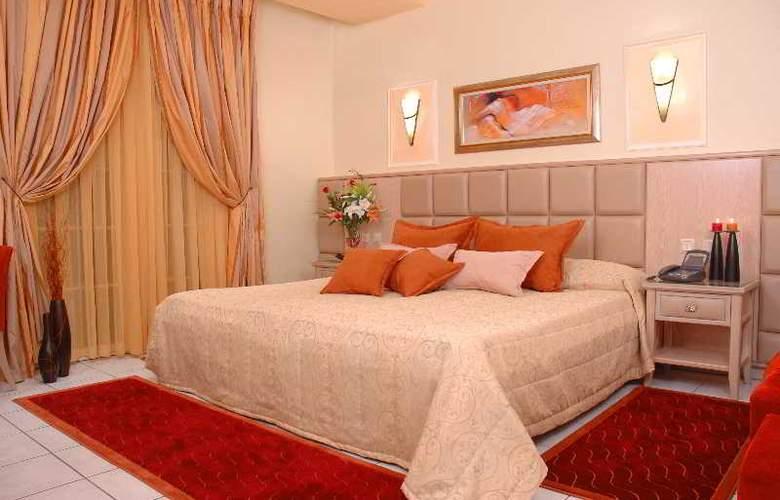 Strass Hotel - Room - 10