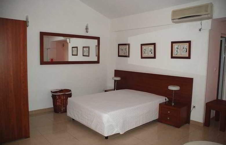 Coimbra & Spa - Room - 4