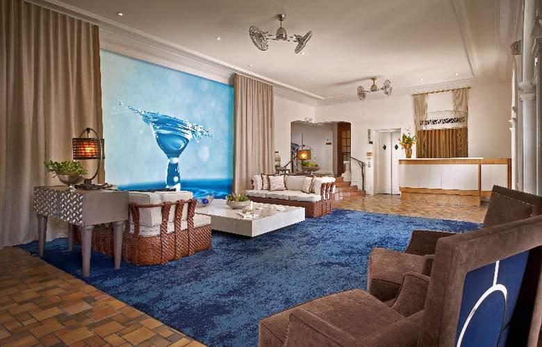 Blue Moon Hotel - General - 8