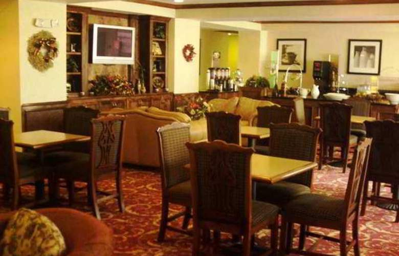 Hampton Inn Fort Stockton - Hotel - 8