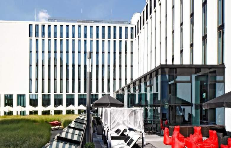 Leonardo Royal Munich - Terrace - 42