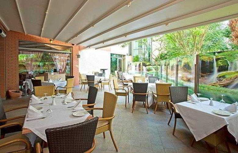Best Western Premier Collection City Sofia - Restaurant - 70