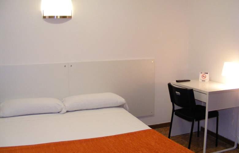 Catalunya Express - Room - 6