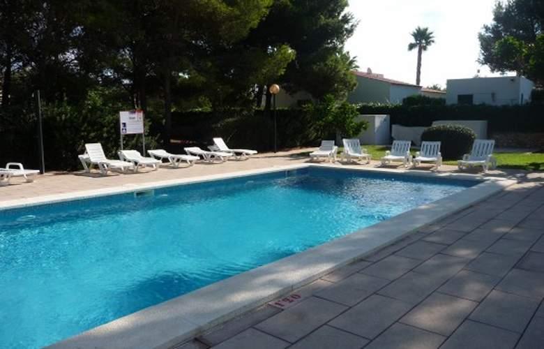 Apartamentos Llebeig - Pool - 10