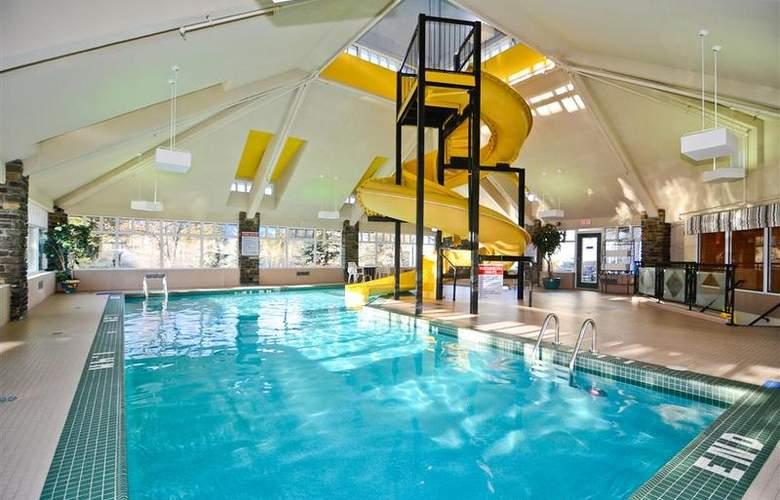 Best Western Plus Pocaterra Inn - Pool - 138