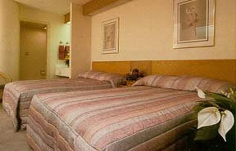Sleep Inn (Douglasville) - Room - 3