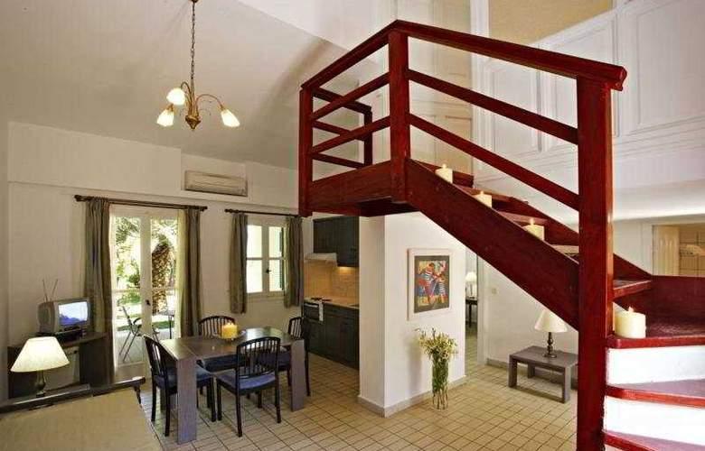 Century Resort Apartments - Room - 5
