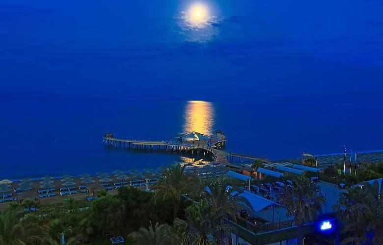 Lyra Resort - Hotel - 22