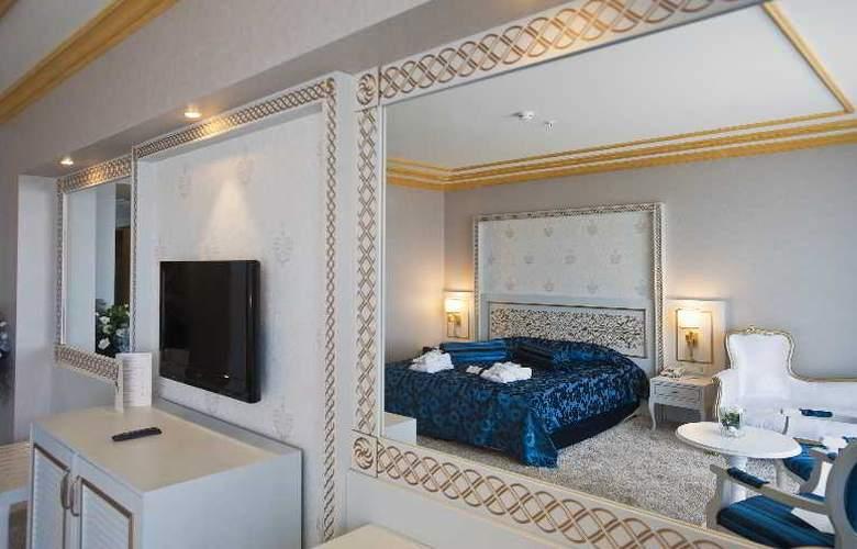 Crystal Palace Luxury Resort & Spa - Room - 13