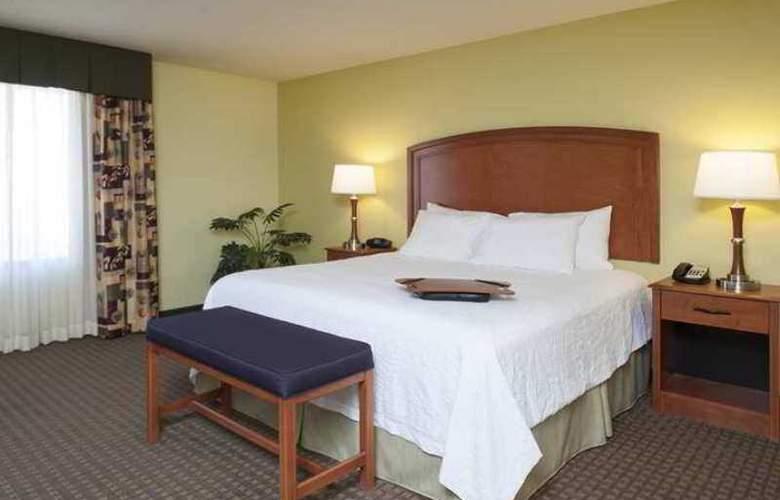 Hampton Inn Macomb - Hotel - 1