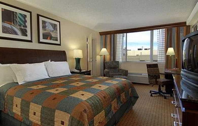 Red Lion Hotel Denver Central - Room - 4