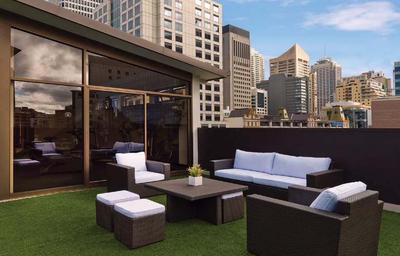 Vibe Hotel Sydney - Pool - 9